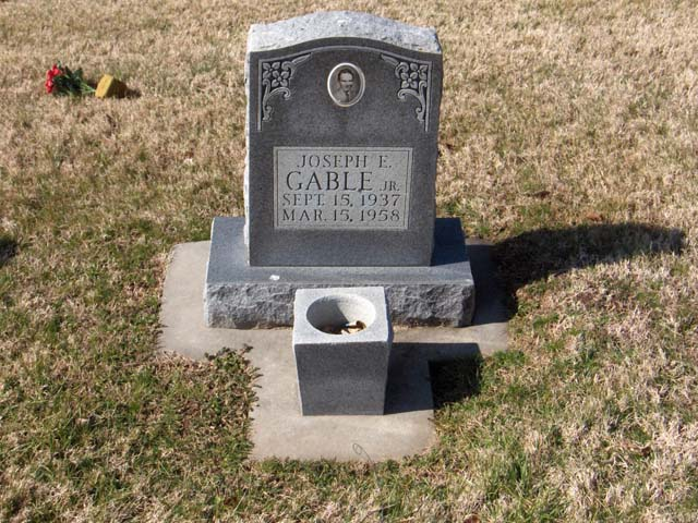 Joseph E Gable, Jr